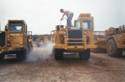 Pressurewashing heavy equipment